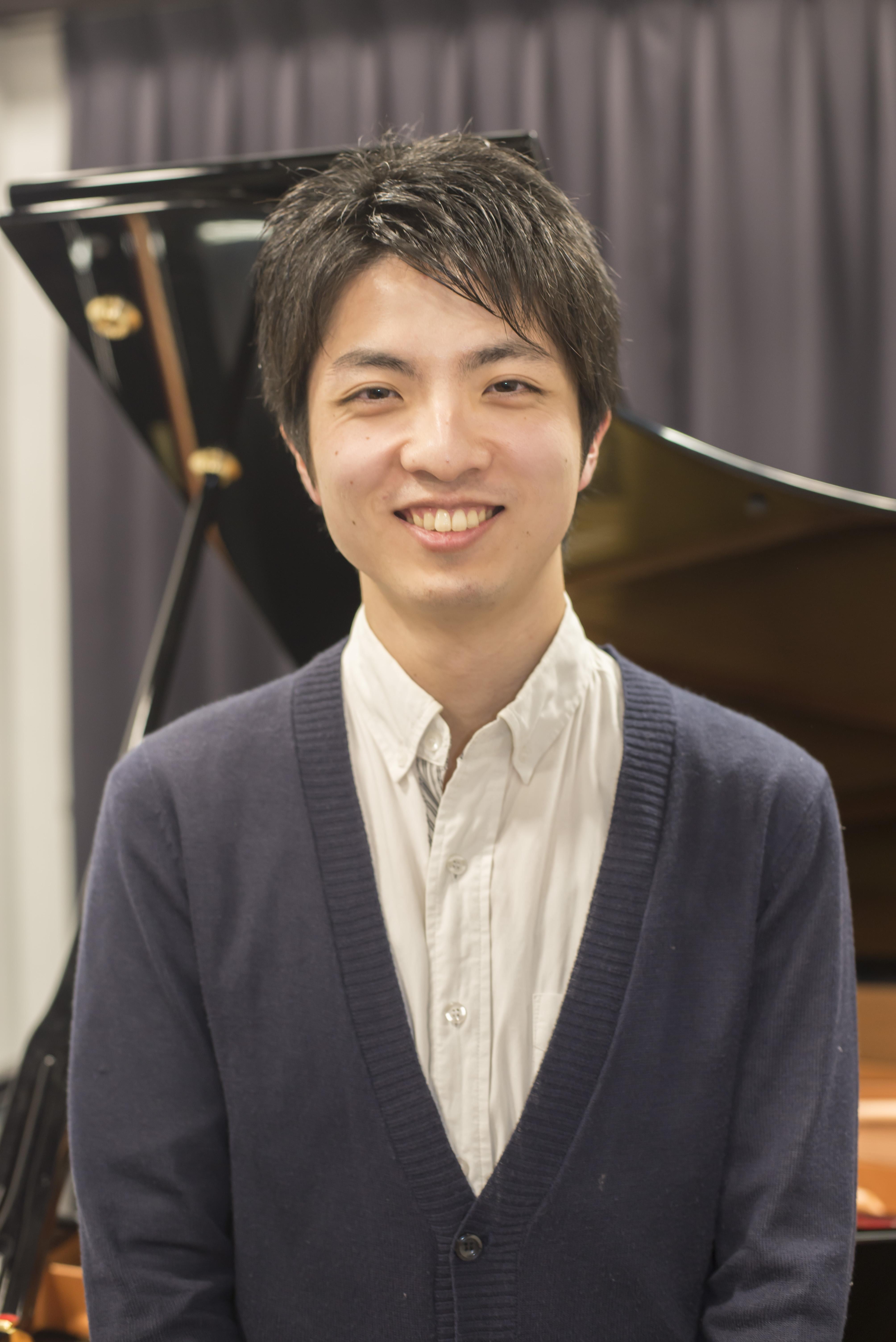 青木 瞭弥 先生の写真