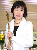 奥村 多絵子 先生の写真