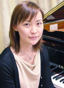 成田 ゆか 先生の写真